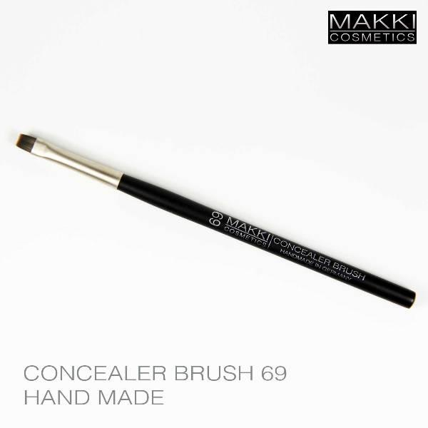 Concealer Brush 69