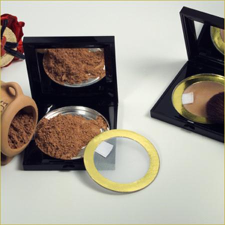 Powder Box with Sieve