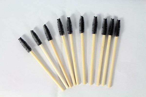 24 Bamboo Mascara Wands